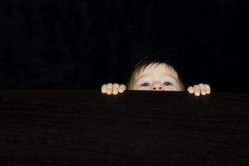 Neugier-bei-Kindern
