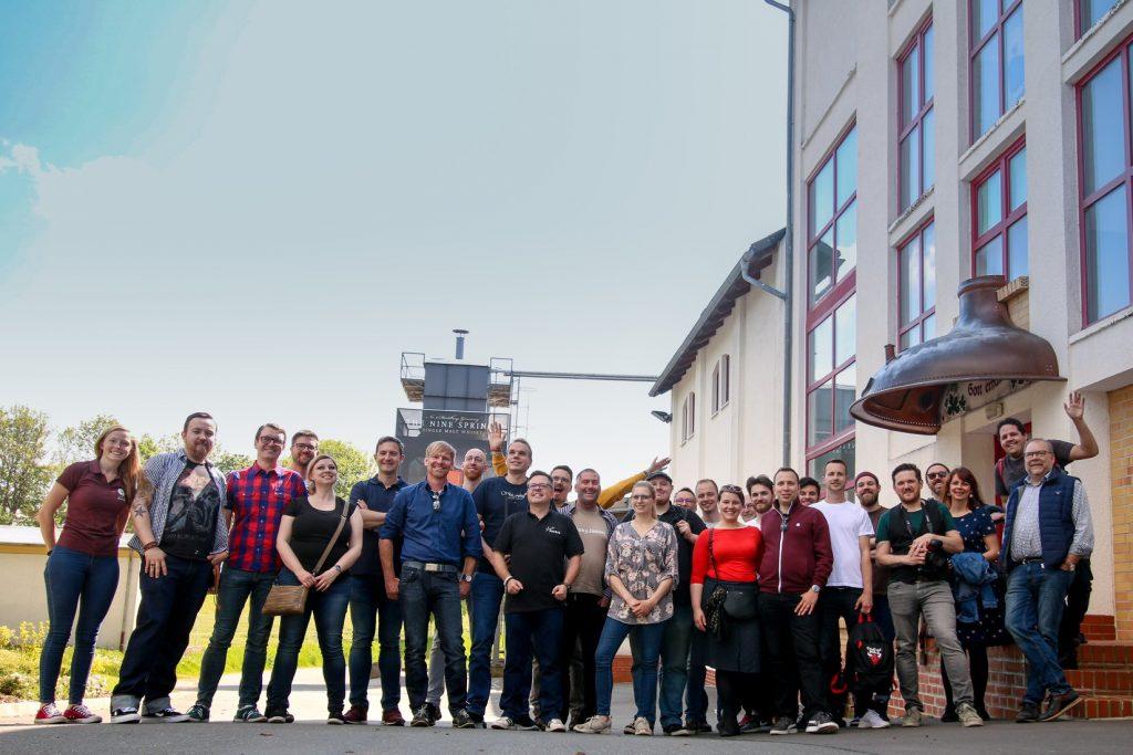 Number Nine Spirituosenmanufaktur GmbH Alle Influenzer auf einem Haufen
