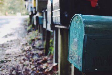 Briefkasten mit Laser